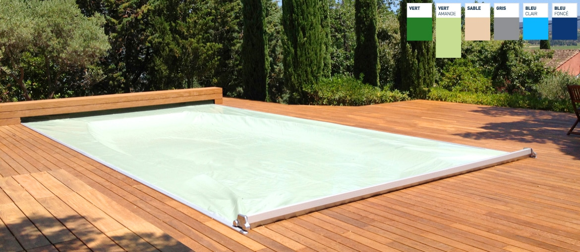 Couverture de piscine rigide couverture automatique piscine for Couverture piscine bois